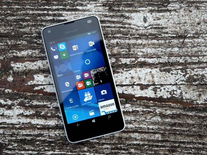 microsoft-lumia-550.jpg